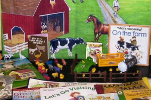 Learn all about farming. Includes puzzles, farm animals counter, tractor, truck, books, magnetic storytelling kit and more.